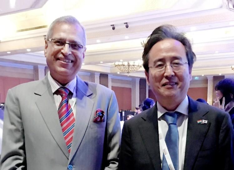 Meeting with His Excellency Mr SHIN Bongkil, Ambassador, Embassy ofthe Republic of Korea